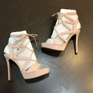 New Guess Aurela Natural Light Leather Heels